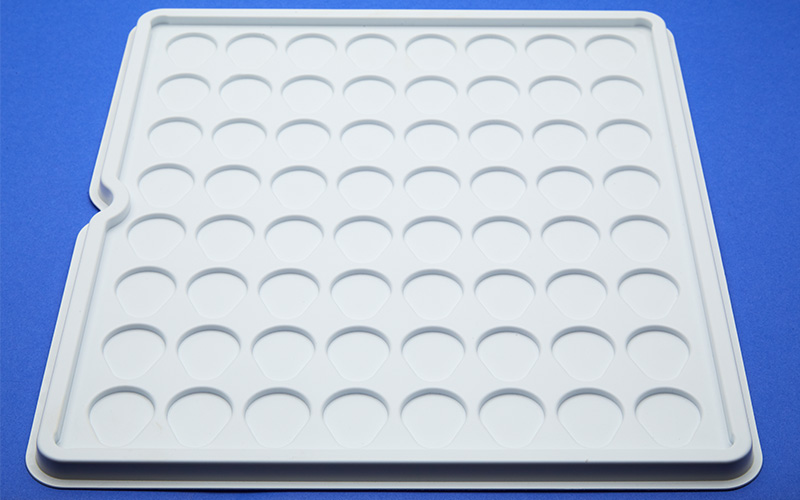 Styrene shipping tray for medical components